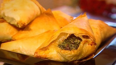 Recipe for Spinach and Ricotta Filo Pastries - James Reeson