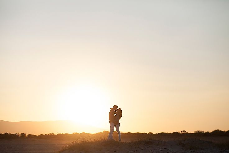 Engagement clics. #sunset #esessionphotos #engagement