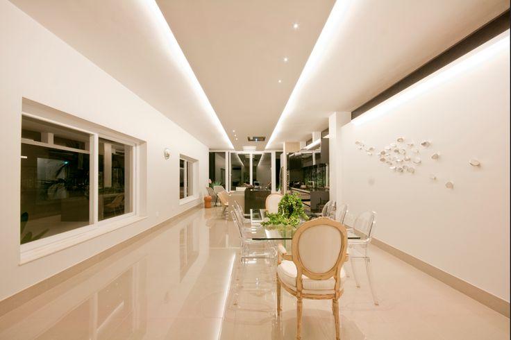 Projeto MS Arquitetura, São José do Rio Preto - SP #iluminacao #arquitetura #lightdesign #lightingdesign #LightDesignExporlux #sancas