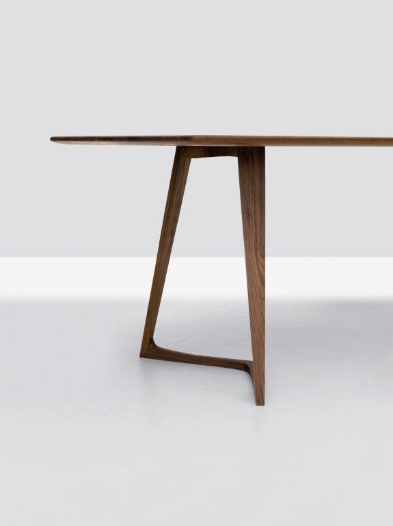 Formstelle / TWIST for Zeitraum: Tables Legs, Tables Design, Legs Details, Diy Furniture, Tables Furniture, Legs Design, Furniture Diy, Products Design, Furniture Design