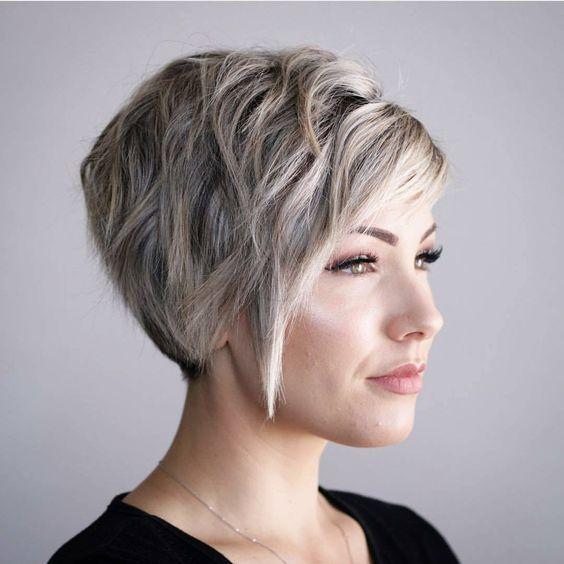 10 Hi Fashion Short Haircut For Thick Hair Ideas 2021 Women Short Hairstyles Thick Hair Styles Haircut For Thick Hair Short Hair Styles