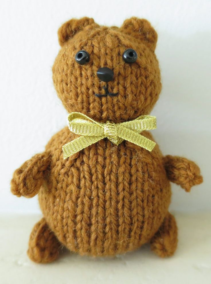 Tiny Teddy Bear Knitting Patterns : 150 best images about Stashbuster Knitting Patterns on Pinterest Toys, Cabl...