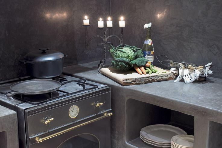 Damask kitchen