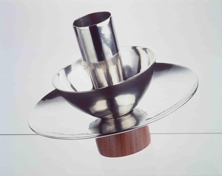 Casciano centrepiece, design Liliana Bonomi
