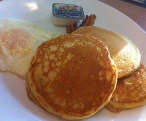 LocalEats Charlie Brown's Pancake and Steak House in Indianapolis restaurant pic