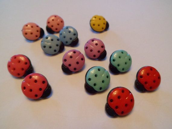 Plastic toggle ladybird buttons by BethshanCrafts on Etsy,