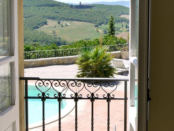 Siena Villa Rental in Tuscany with outdoor Pool & Wine Tasting Nearby