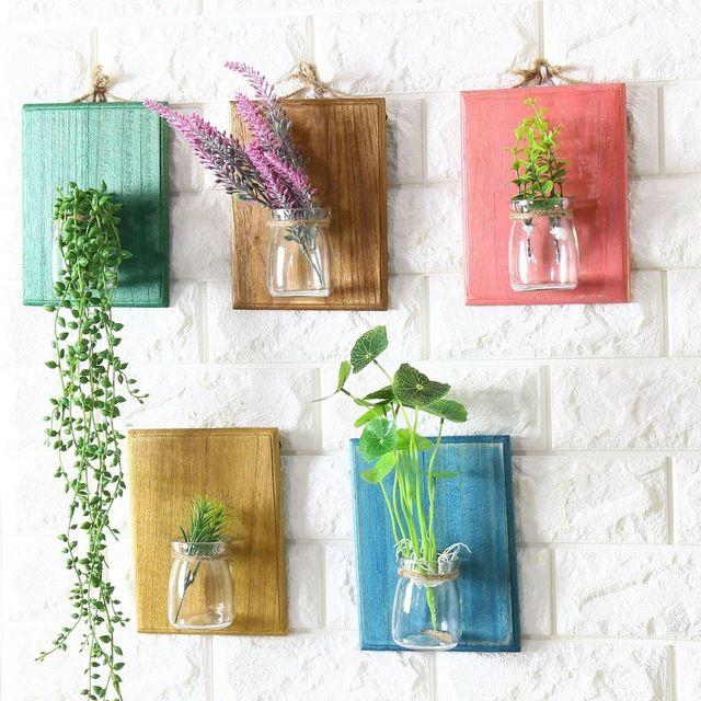 Настенные вазы