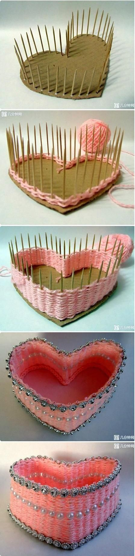 This is amazing! Weave a little basket with toothpicks and yarn!