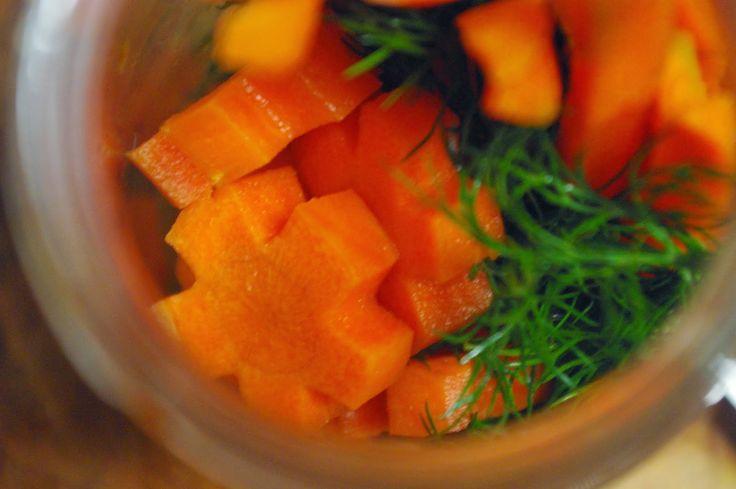 Savanyított fűszeres sárgarépa