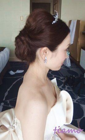 柔らかルーズな3スタイル♡CUTEな花嫁さまの一日 の画像|大人可愛いブライダルヘアメイク『tiamo』の結婚カタログ
