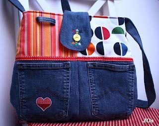 Unique denim bag idea. Tutorial, not in English, but great photos.