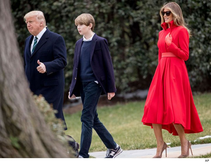 Best Children Barron Trump Images On Pinterest Donald O - Dad entertains 5 kids