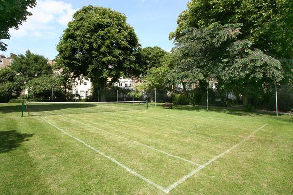 Philbeach Gardens tennis court London SW5 #cutlerandbond #londonproperty #gardensquares