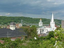 Maysville, Kentucky, skyline showing the Mason County Courthouse, and the Simon Kenton Memorial Bridge which spans the Ohio River.
