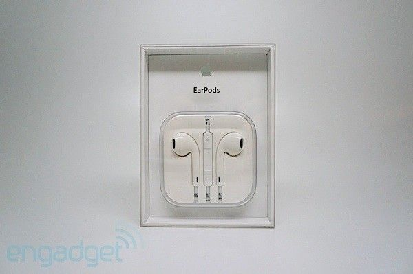 Apple EarPods review: A $29 revolution in earbuds or another set for the recycling bin? -- Engadget