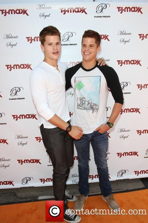 Max and Charlie Carver.