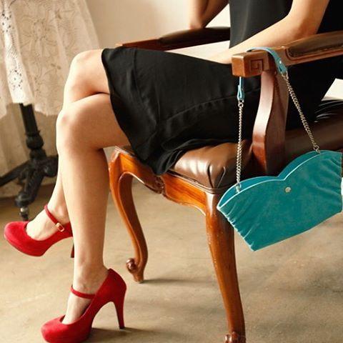 """. ❤️#miscellalove . @lacroisanc . #miscellalove #miscellani #shopmiscellani #kfashion #korean #fashion #designer #style #trend #model #accessories #bags #clutch #ulzzang #kpop #luxury #celebrityfashion #明星衣橱 #小香风 #韓國貨 #韓國衣服 #韓國流行#服飾 #韓國女裝 #东大门 #衣服 #韩国直送 #分享"""