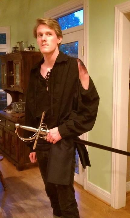 Dread Pirate Roberts costume. Loooove this soooo much. I have loved The Princess Bride since I was a little girl. I wasn't in love with Disney Princes, just Dredd Pirate Roberts.