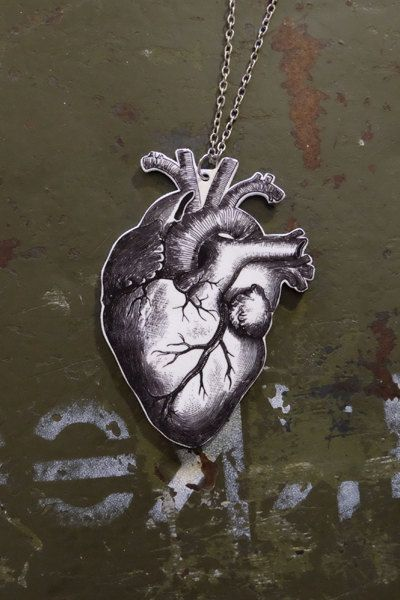 Anatomical heart tattoo necklace by Little Rat´Boutique. #handmade #diy #jewellery #jewelry #vintage #heart #anatomical #anatomy #etsy