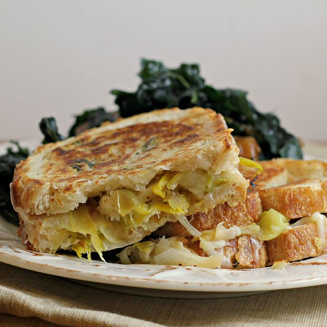 Recipe: Apple, Leek and Gruyere Grilled Cheese by Eats Well with Others