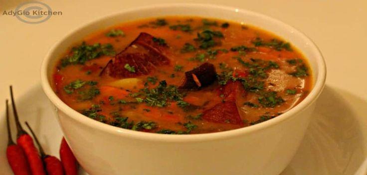 Reteta de ciorba de fasole cu ciolan afumat cu tarhon si rantas - retede de ciorbe si supe Adygio.