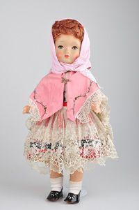 Mädchenpuppe SONNEBERGER Puppenfabrik, gem. SP im Kreis, 50, 55 cm, Kurbelkopf, blaue Schlafaugen, Wimpern, 5-tlg. Stehpuppenkörper, Mamastimme,rechtes Bein hat eine kleine Bruchstellen, Z 3