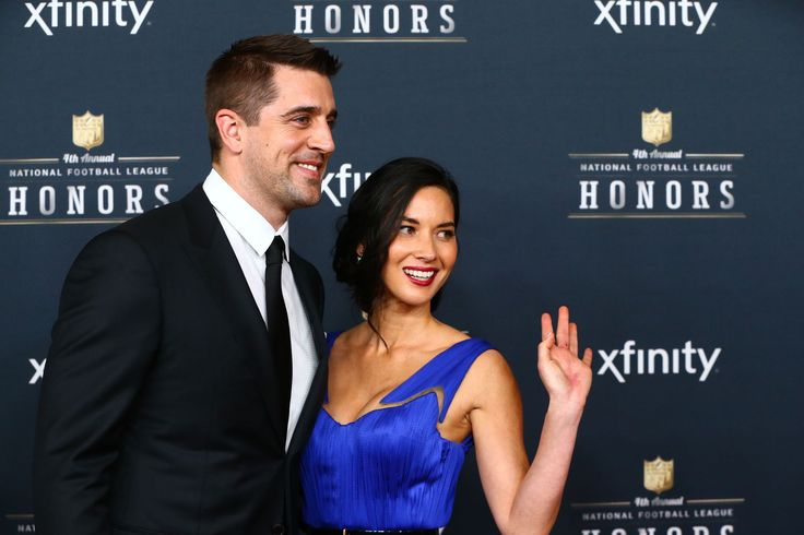 We get it, Aaron Rodgers: You're not gay - Outsports