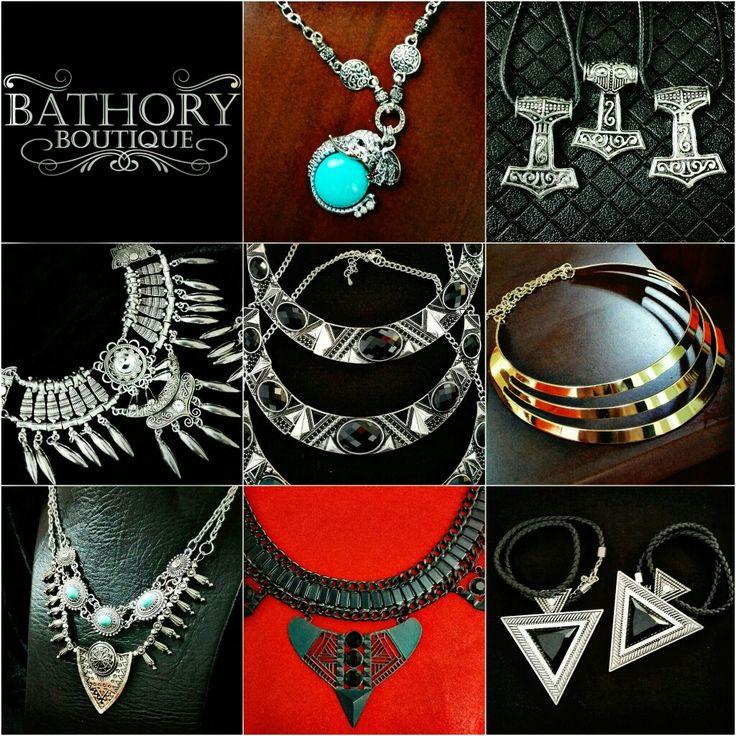 Se acerca #Diciembre y no sabes que regalar!! Visita nuestra colección de #Collares en Facebook #BathoryBoutique #BuenInicioDeSemana