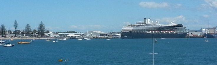 Pilot Bay, Mount Maunganui. Cruise-ship Location.