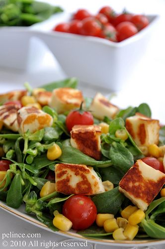Hellimli Semizotu Salatası