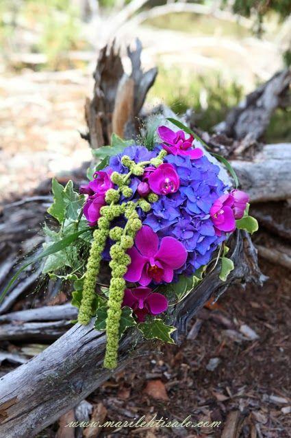 Bridal Bouquet by Floranita, Sipoo, Finland. Photographer Mari Lehtisalo