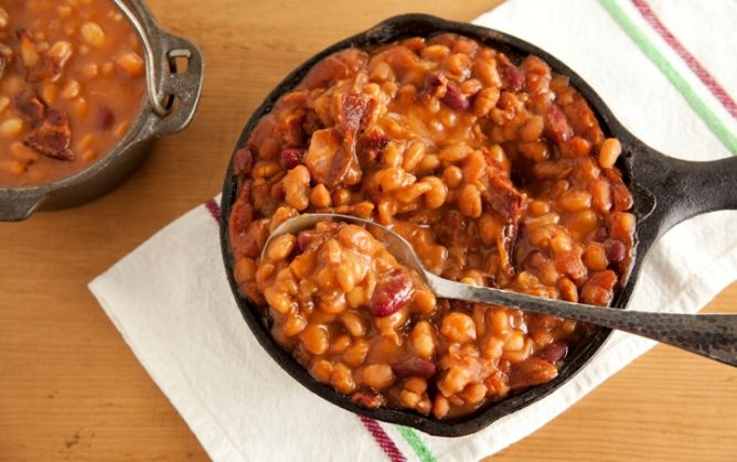 Southern Baked Beans -- good for any BBQSouthern Slow, Slow Cooking, Deen Southern, Baking Beans, Baked Beans, Beans Paula, Deen Slow, Paula Deen, Cooking Baking