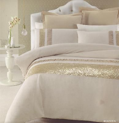 25 best ideas about white and gold comforter on pinterest teen girl comforters teen girl. Black Bedroom Furniture Sets. Home Design Ideas