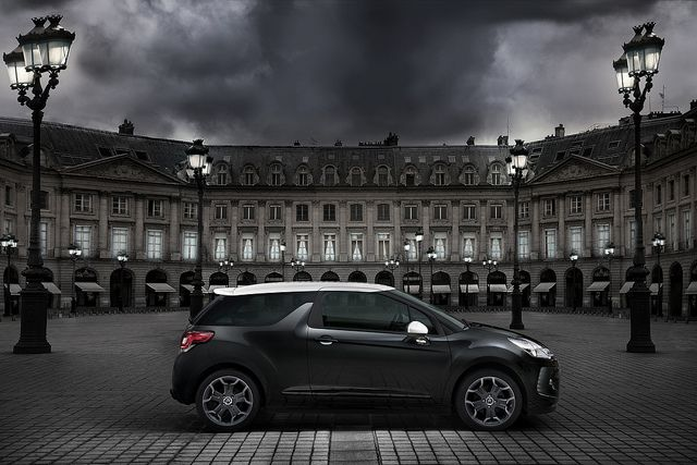 Citroën DS3 Ultra Prestige is an exclusive version of the DS3 featuring watchstrap-design club leather upholstery specific to DS line models.