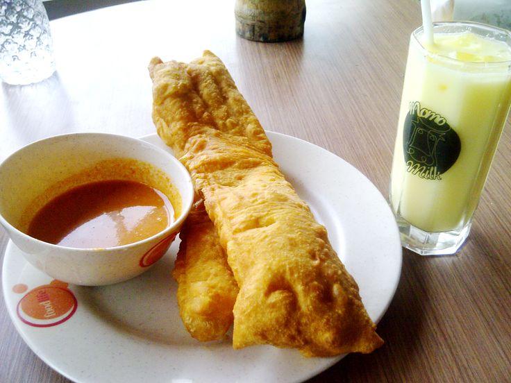 Cakwe Raffles & Momomilk, Yogya Bogor Junction