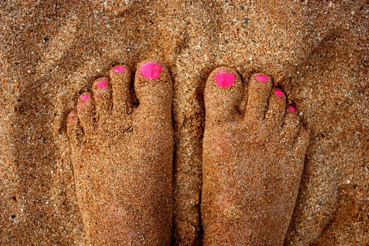 oh the feel of warm sand