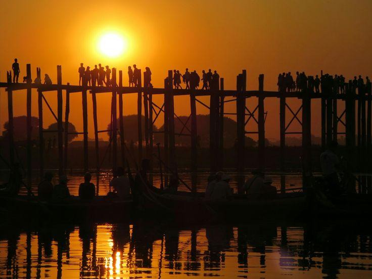 Sunset at U- Bein- Bridge, Amarapura, Myanmar