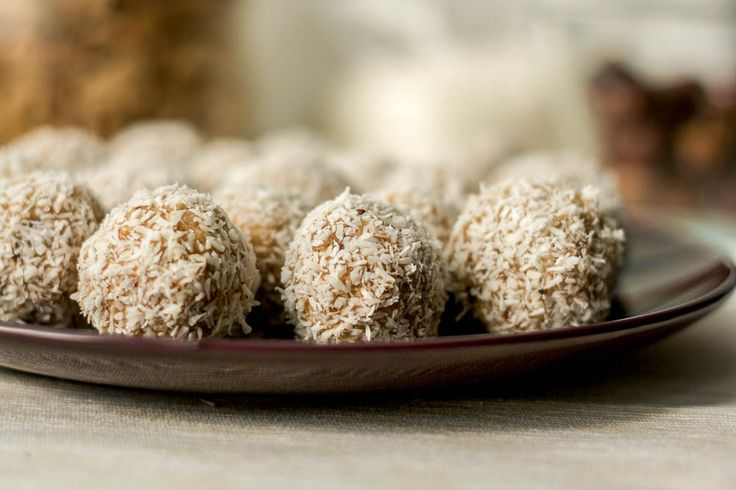 Recipe for Date Balls Rolled in Coconut