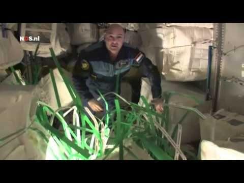 André Kuipers - Rondleiding door het ISS [NOS Uitzending]