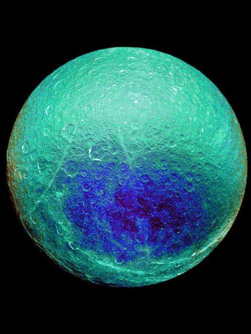 stellarindulgence saturn�s moon rhea blue and green moon