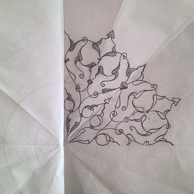 #ShareIG En bi sevdiğim tezhib deseni 'rumi' ✏️ by me ✌️ #tezhib #tezhip #islamicart #turkishart #rumi #illumination #desen #sketch #skechbook #drawing #igersturkey #picoftheday #artoftheday #mywork #artwork #çizim #blackandwhite #desen #instaartist #artist #instaart