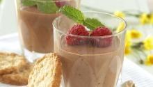 Oppskrift på lekker og enkel sjokolademousse som dessert