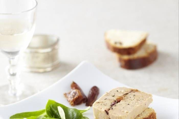 Recette de Terrine de foie gras farci aux figues