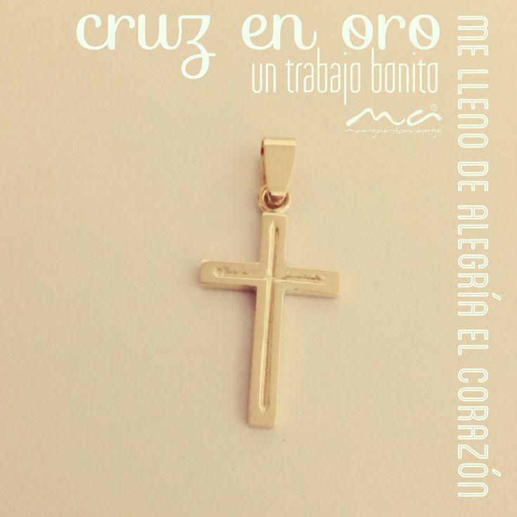 Dije Cruz en oro hecha a mano