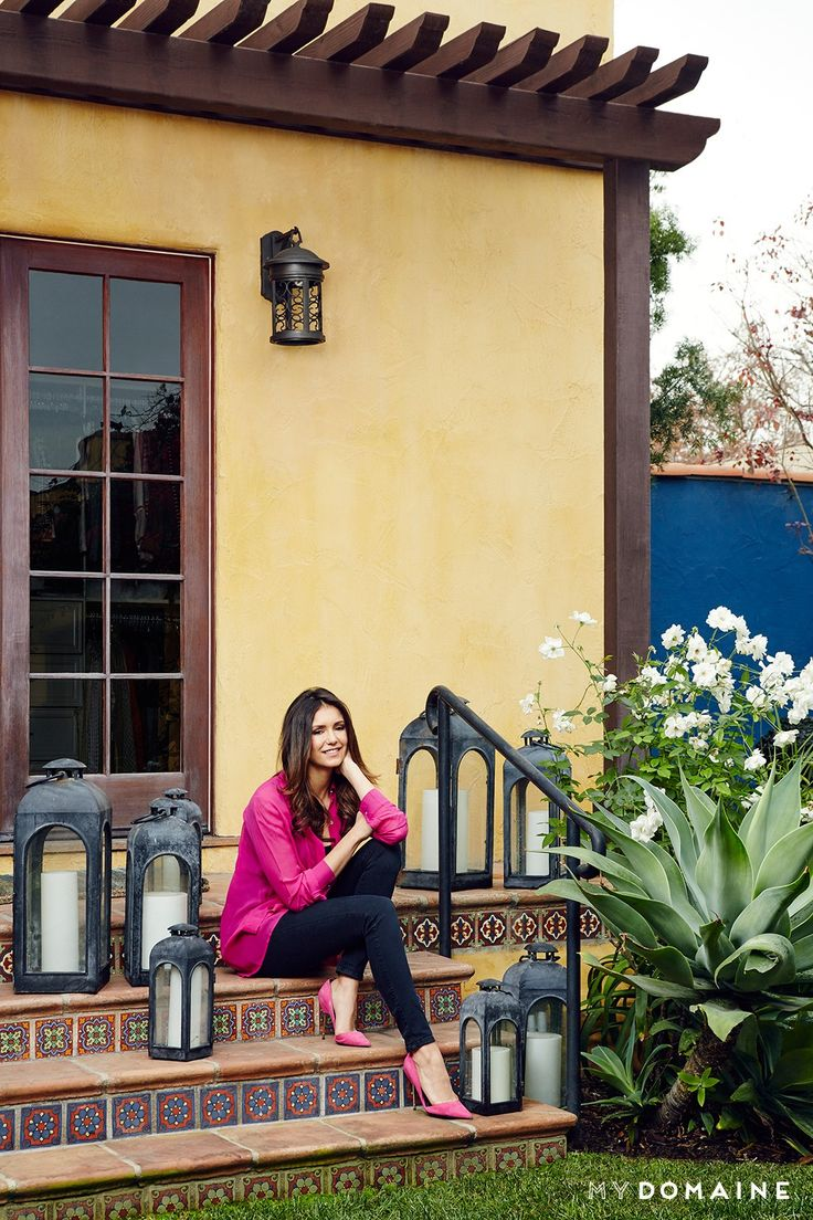 Home Tour: Nina Dobrev's Bright, California-Cool Bungalow via @MyDomaine