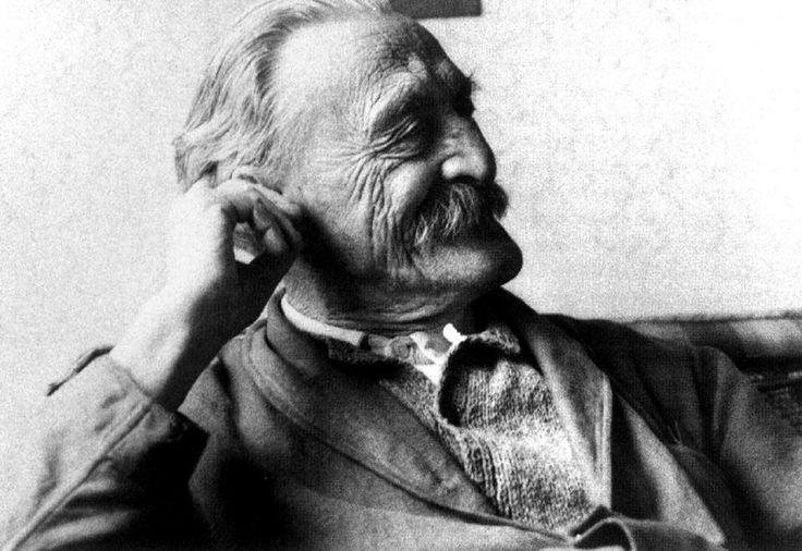 """Kós Károly (Kosch Karl) 1883. december 16-án, a német Karl Kosch, postatisztviselő és az osztrák-francia származású Sidonia Sivet gyermekeként Temesváron látta meg a napvilágot. """"Szükségünk van a művészetre, szükségünk a művészi munkára... és mert szükségünk van reá: meg kell teremtenünk."""" Kós Károly"""