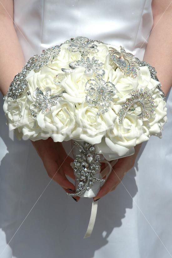 43 best Beautiful Bouquets images on Pinterest | Brooch bouquets ...