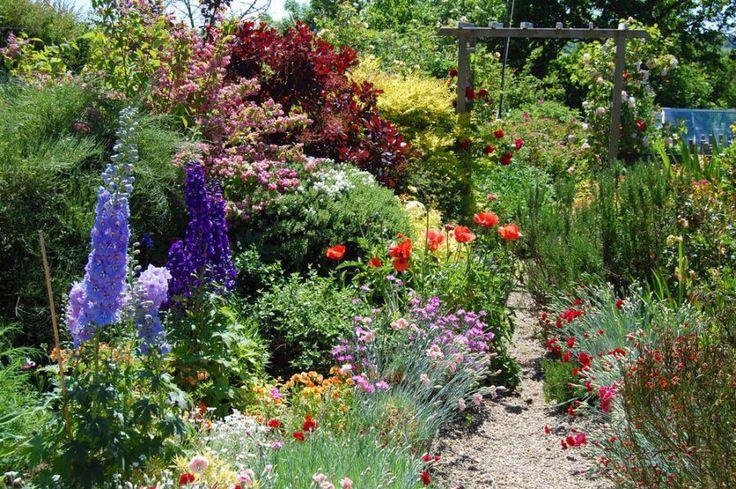An English country garden - Pixdaus