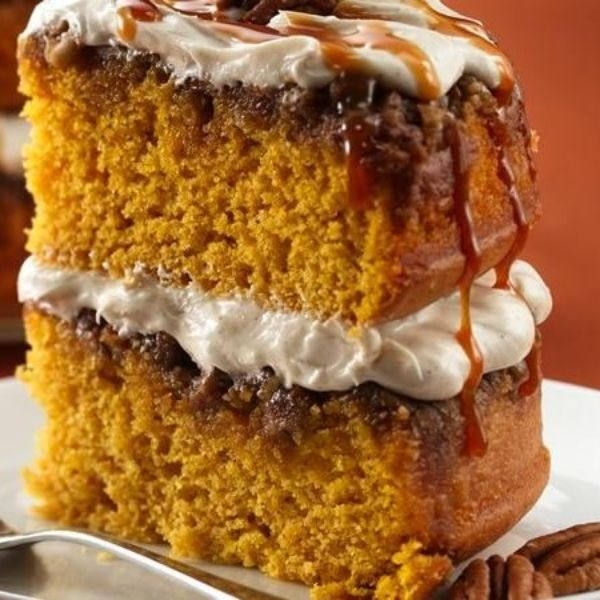 Betty members have shared this fall-inspired cake recipe thousands of times—member DGAnd even won first prize with it at a cooking competition! This pumpkin-praline dessert would be great for a Thanksgiving menu…or anytime really.